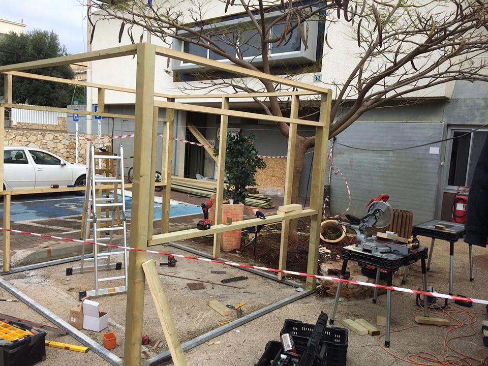 בוטקה עץ בית קיי: שלבי הקמה